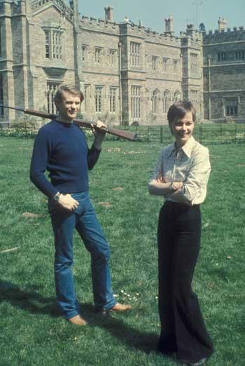 - Ian McCulloch e Carolyn Seymour ad Hampton Court nell'Herefordshire-