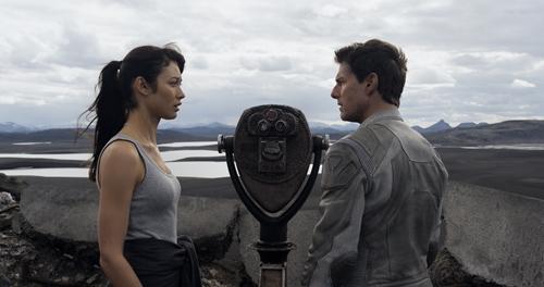 oblivion_movie_cruise_kurylenko
