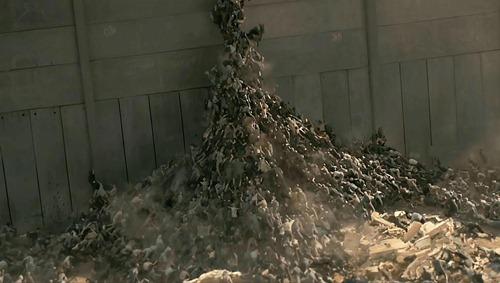 world_war_z_zombie pyramid