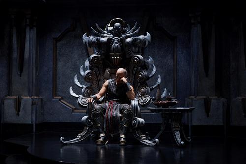 Riddick sul trono, come Conan