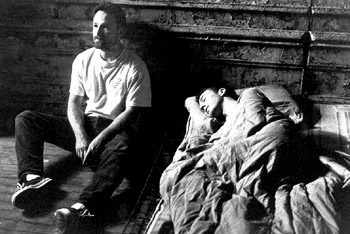 Director-David-Fincher-and-Edward-Norton-on-the-set-of-Fight-Club-1099