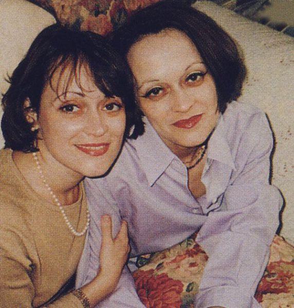 "Lisa e Louise Burns, le ""gemelline"" dell'Overlook Hotel"