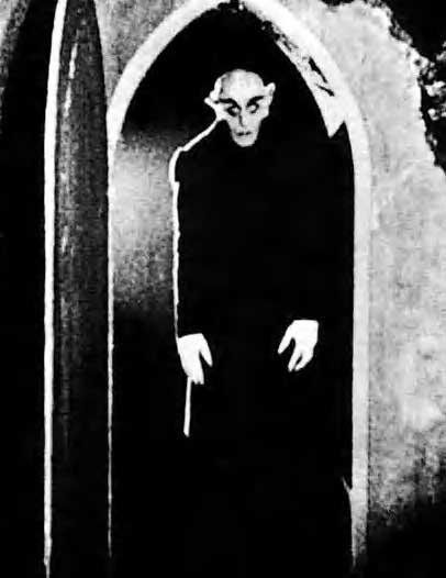 Max Schreck nei panni del Conte Orlok in Nosferatu (1922)