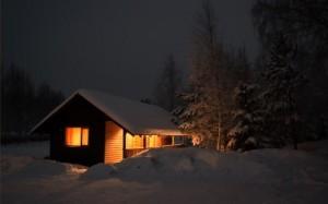 wallpaper-house-snow-photos-right-wooden (Mobile)