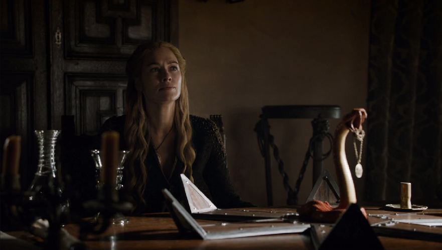 Cersei-and-the-snake