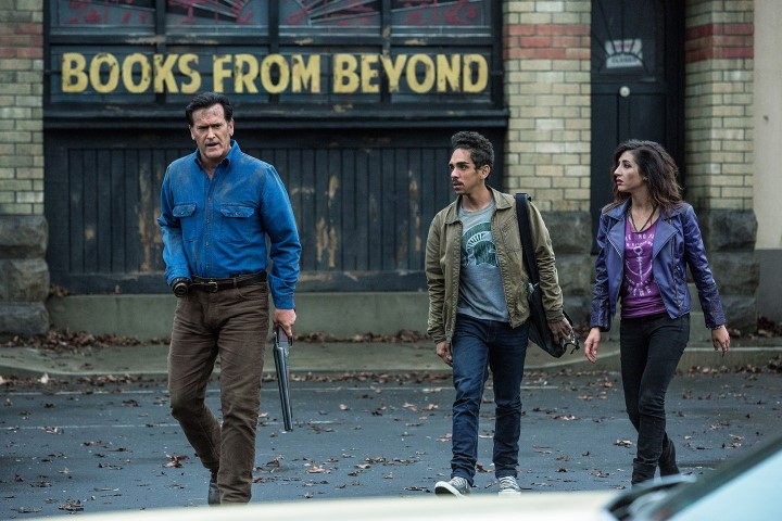 the-5-grooviest-moments-from-ash-vs-evil-dead-episode-3-books-from-beyond-715081 (Small)