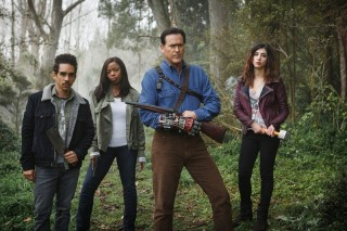 ash-vs-evil-dead-fire-in-the-hole-photos_xbmb